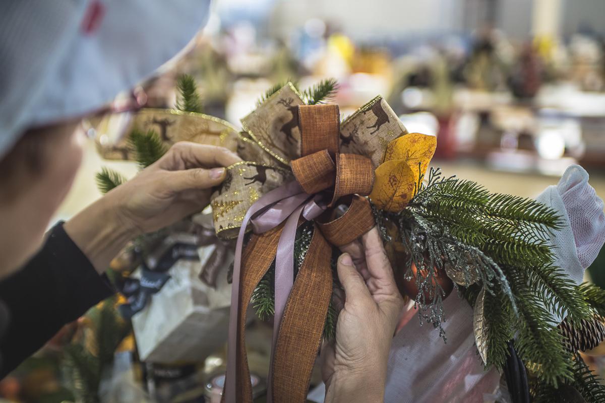 Fotografía de Reportaje. Fabricación cestas de navidad.